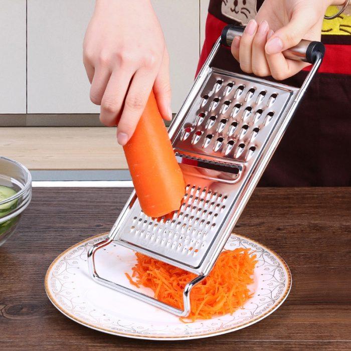 Морковь трём на тёрку