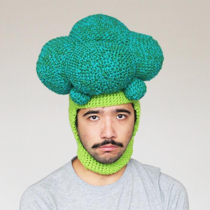 шапка-брокколи
