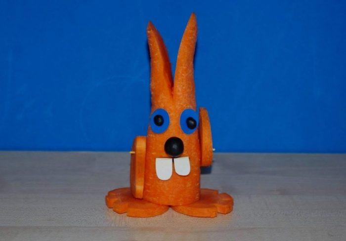 заяц из морковки