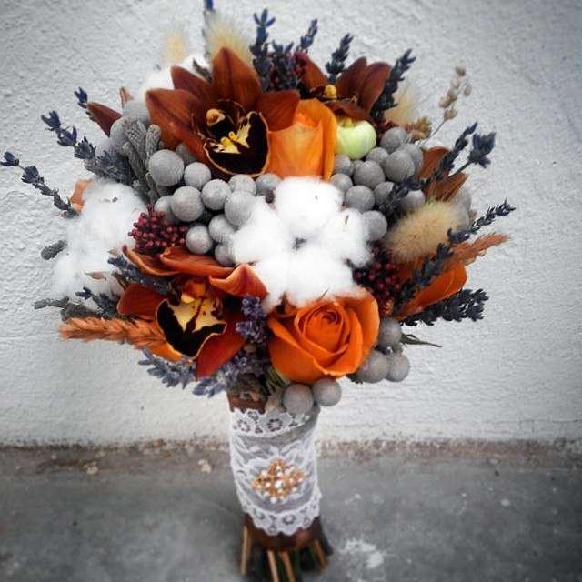 букет невесты с хлопком и шариками