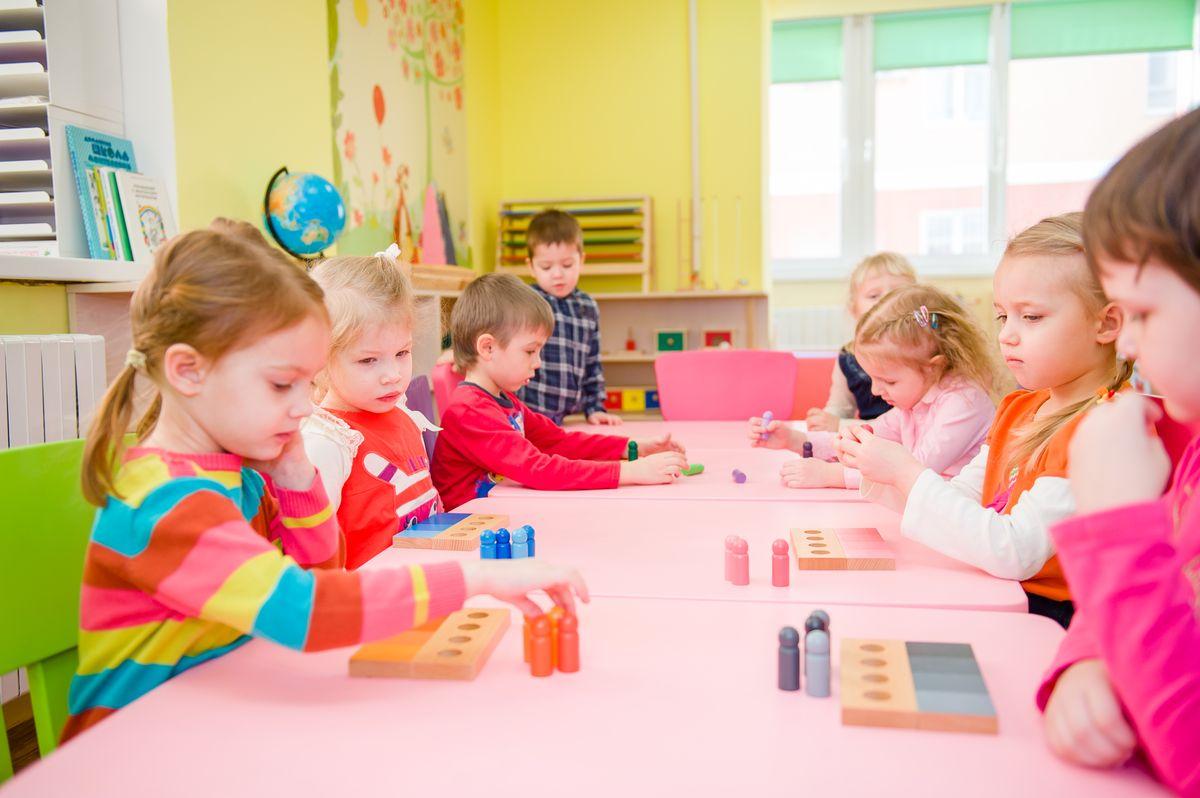Раннее развитие для детей: стоит ли идти на платные занятия