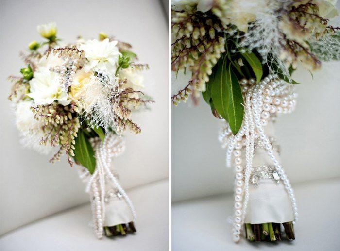 Свадебный букет с нитью жемчуга