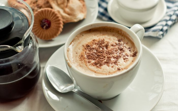 Кофе с пенкой, много корицы