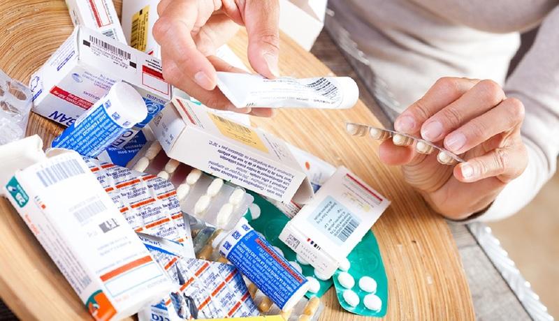 Пить или не пить просроченные лекарства из домашней аптечки
