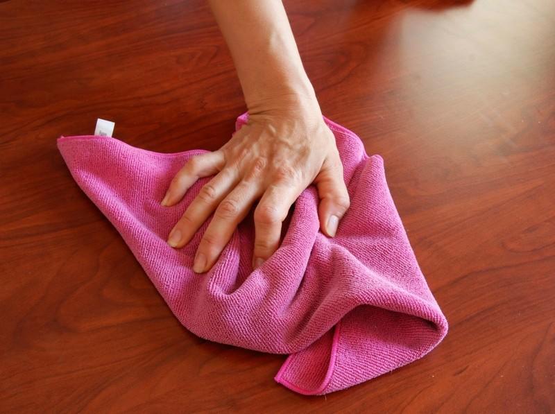 Почему нельзя мыть полы старым полотенцем: народные приметы и суеверия