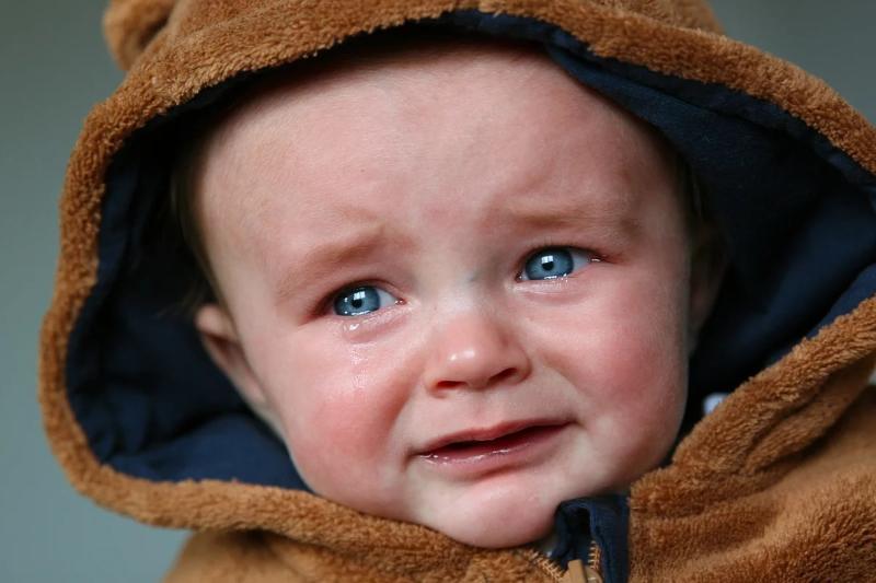 Почему детям полезно плакать и грустить: 4 причины не успокаивать ребенка