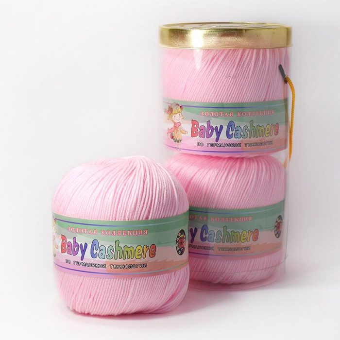 Упаковка розовой пряжи