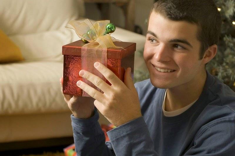7 подарков на Рождество, которые порадуют вашего ребенка-подростка