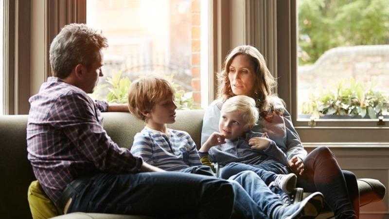 5 главных причин, почему ваш ребенок хамит и говорит гадости