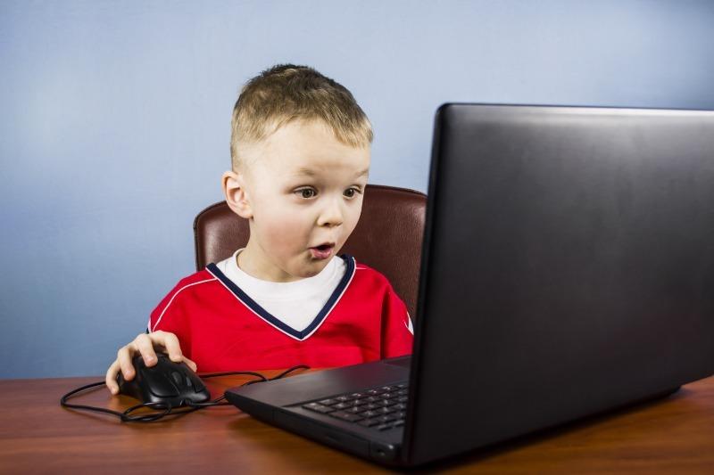 5 вещей, которые ваш ребенок не должен делать в интернете