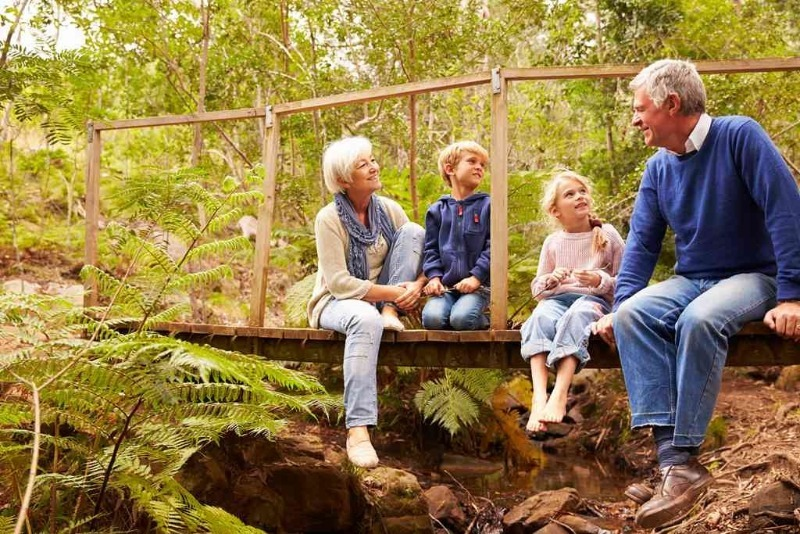 5 вещей, которые никогда не должны делать бабушка и дедушка