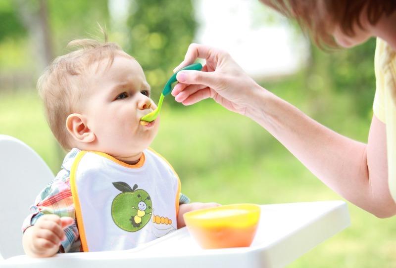 Суп, сухофрукты и еще 4 продукта, которые вы зря даете своему ребенку