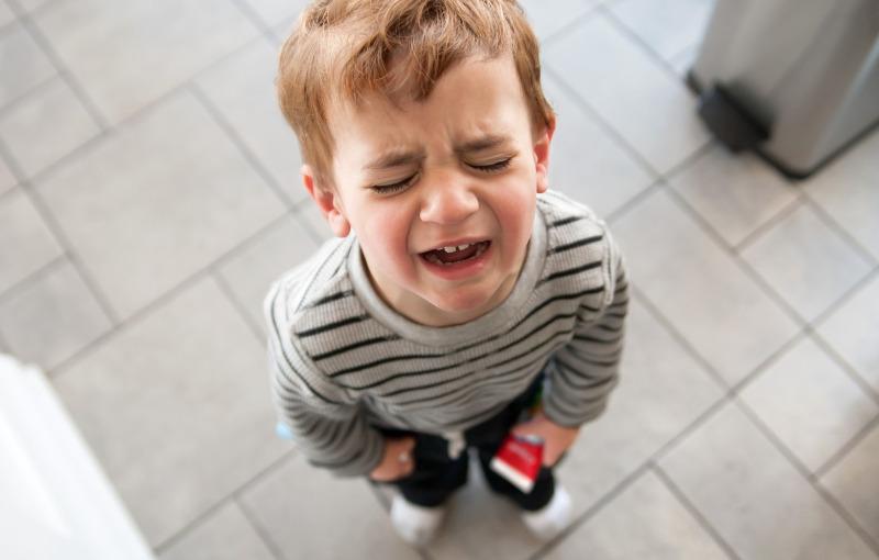 Детская истерика в магазине: 5 простых способов прекратить ее и не поседеть