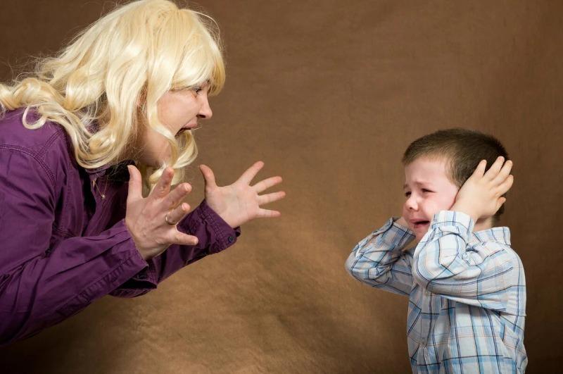 Как перестать кричать на детей — 6 простых советов