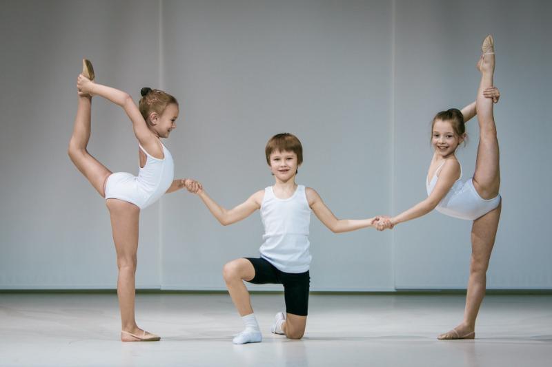 7 причин отдать мальчика на танцы