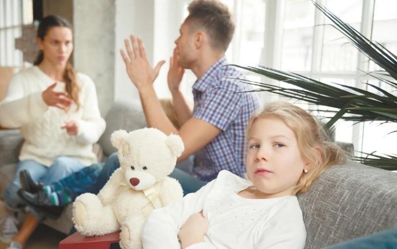Все для семьи: 5 причин не жить с мужем только ради детей