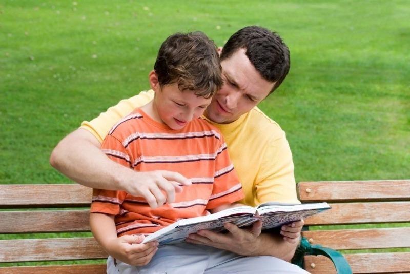 7 простых советов, как приучить ребенка читать книги
