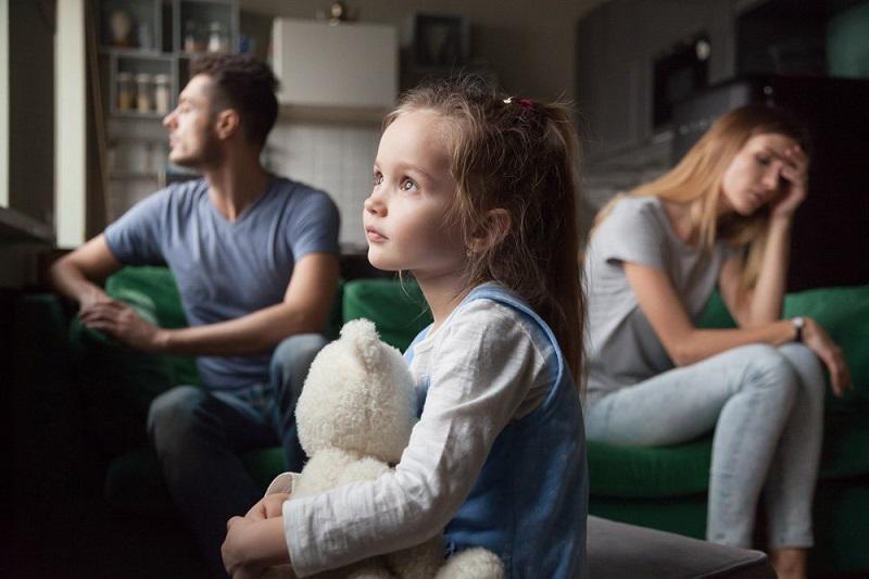 7 наказаний, которыми вы неосознанно портите психику ребенка