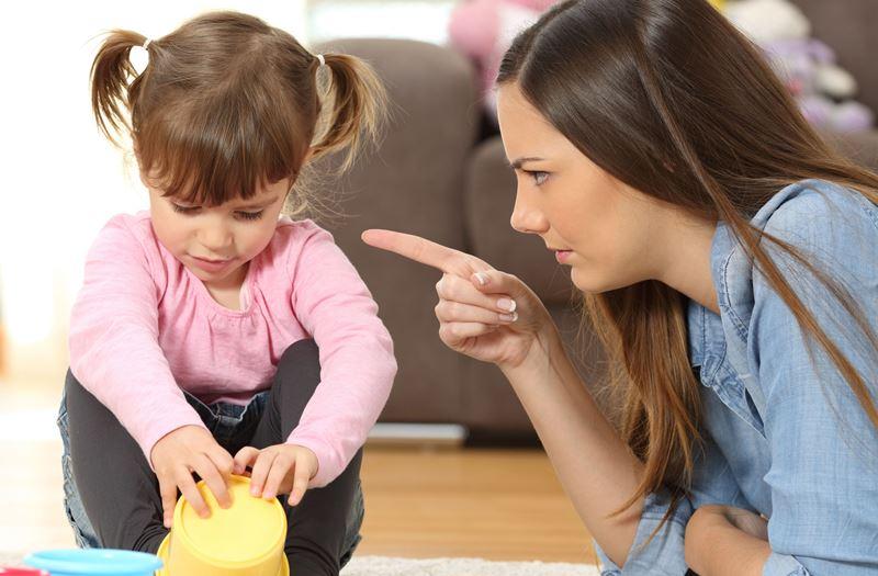 7 родительских фраз, которые вместо пользы приносят вред