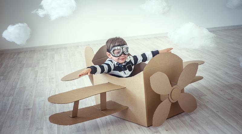6 игрушек для детей, которые можно сделать из картонных коробок