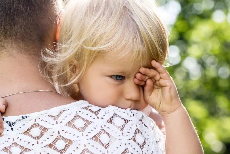 Как понять, почему плачет ребенок, если он еще не умеет говорить