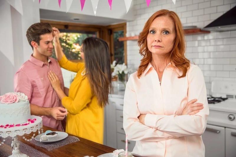 6 ошибок, которые допускают свекрови по отношению к невестке