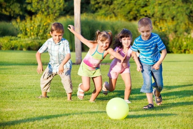 7 моментов счастья, которых лишены современные дети
