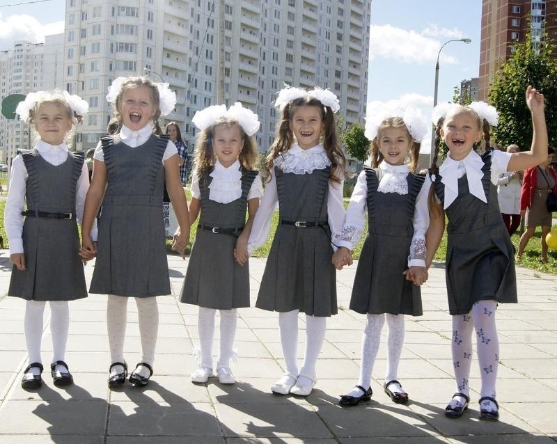 Измерение температуры и дезинфекция: что ждет детей в саду и школе после их открытия