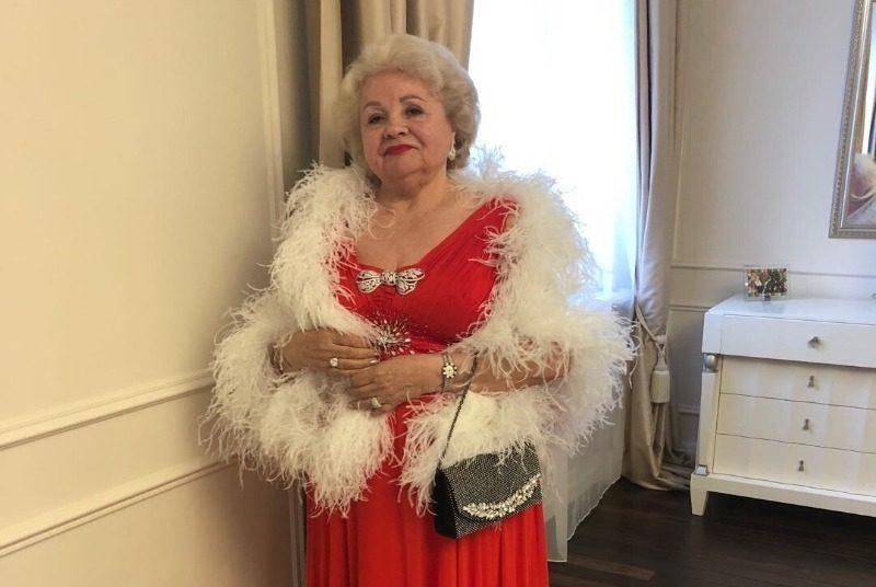 6 бабушек отечественных звезд, которых старость обошла стороной