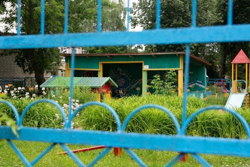 5 весомых причин забрать ребенка из садика и обходить его здание за километр