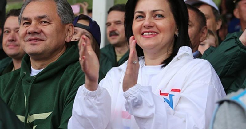 Семья министра обороны: как выглядят дети и жена Сергея Шойгу