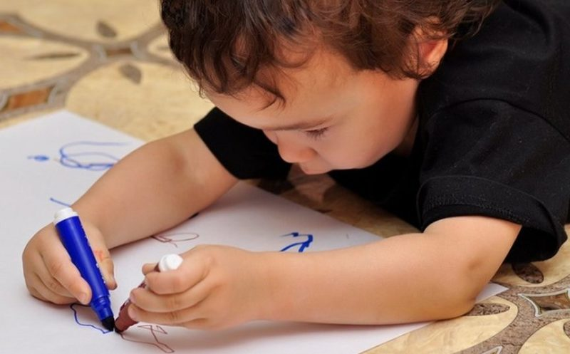 Что делать, если ваш ребенок — амбидекстр, и простые способы понять, так ли это на самом деле