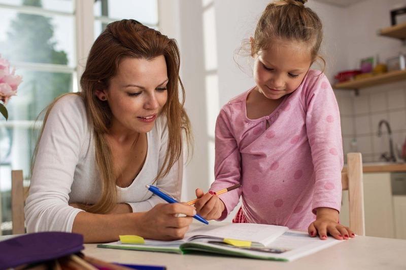 Что делать работающим родителям, если снова закроют школы и сады из-за пандемии