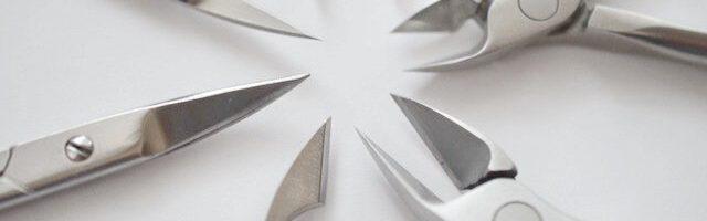 Заточка маникюрных инструментов: можно ли заточить ножнички, щипчики для маникюра самостоятельно