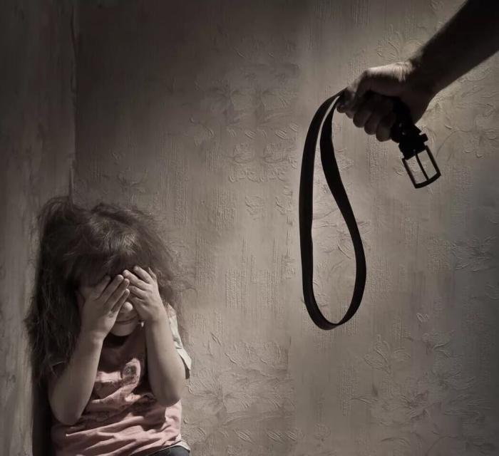 Ребенок в углу